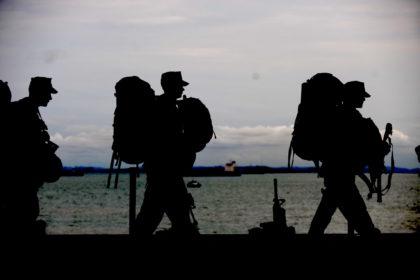 soldiers in sillouhette